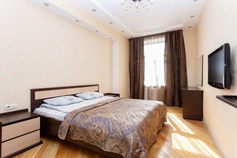 Фото 3-комнатная квартира в Минске на пр. Независимости 40