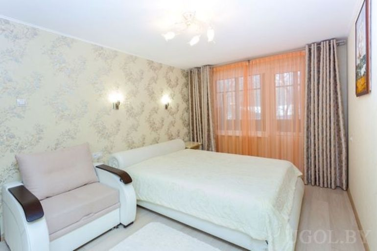 Фото 2-комнатная квартира в Минске на ул. Куйбышева 93